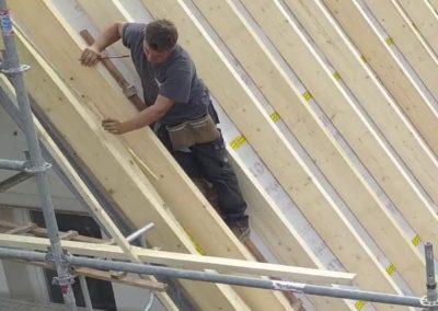 Installation ossature bois charpente